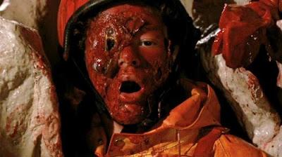 Alien-2-Sulla-Terra-il-fanta-horror-di-Ciro-Ippolito-12-2